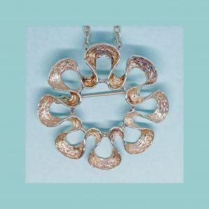 Vintage Silver Pendant Broach 331120
